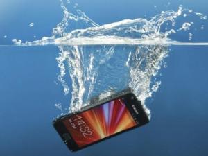 Glubs!: Smartphone sumergible